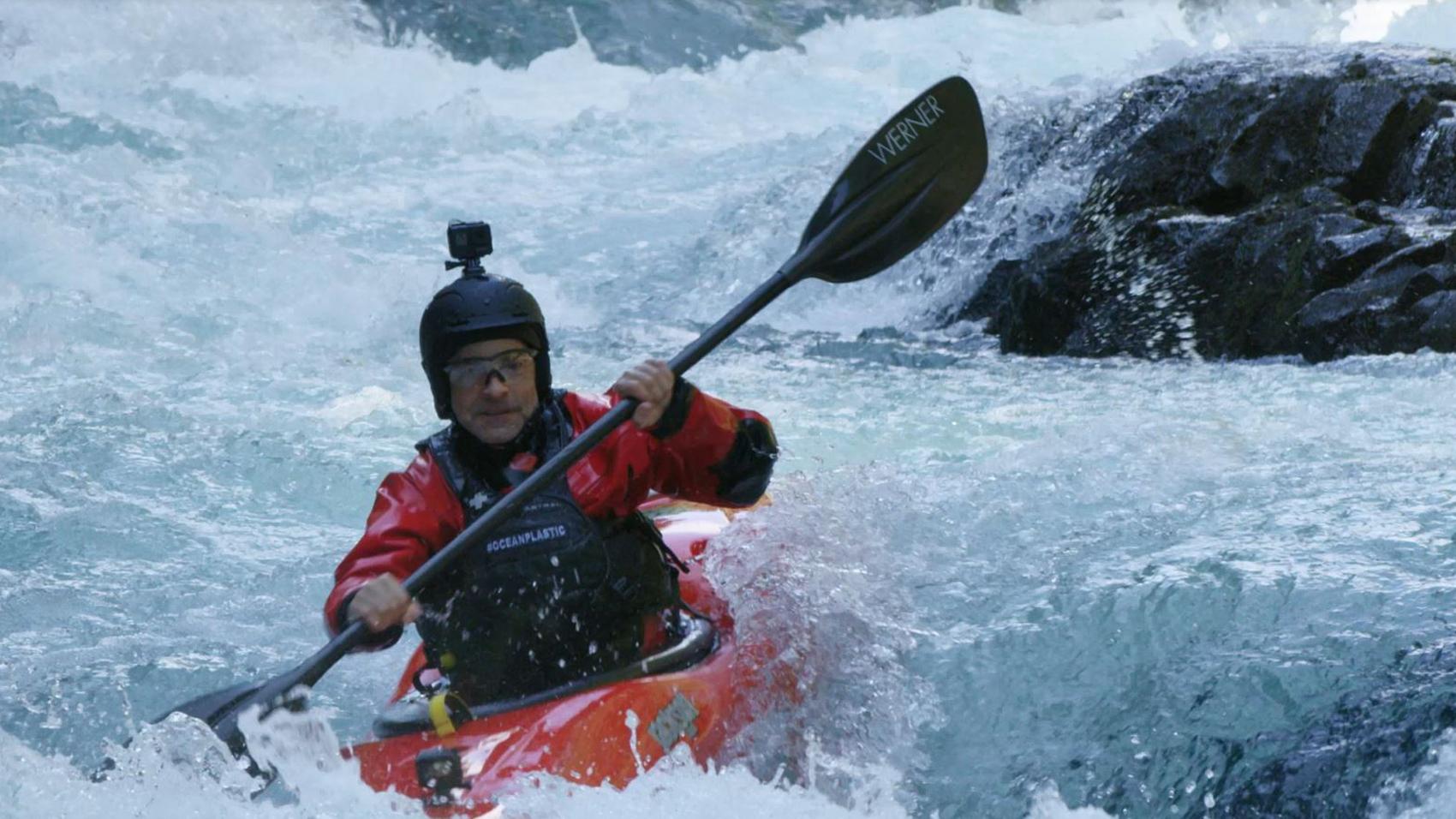 fisk johnson kayaking in the white salmon river
