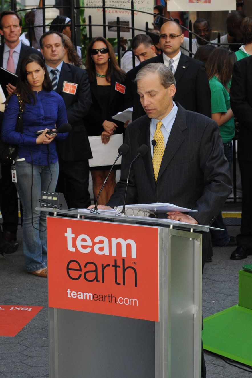 Fisk Johnson, Gründungsmitglied des Team Earth (Team Erde) von Conservation International