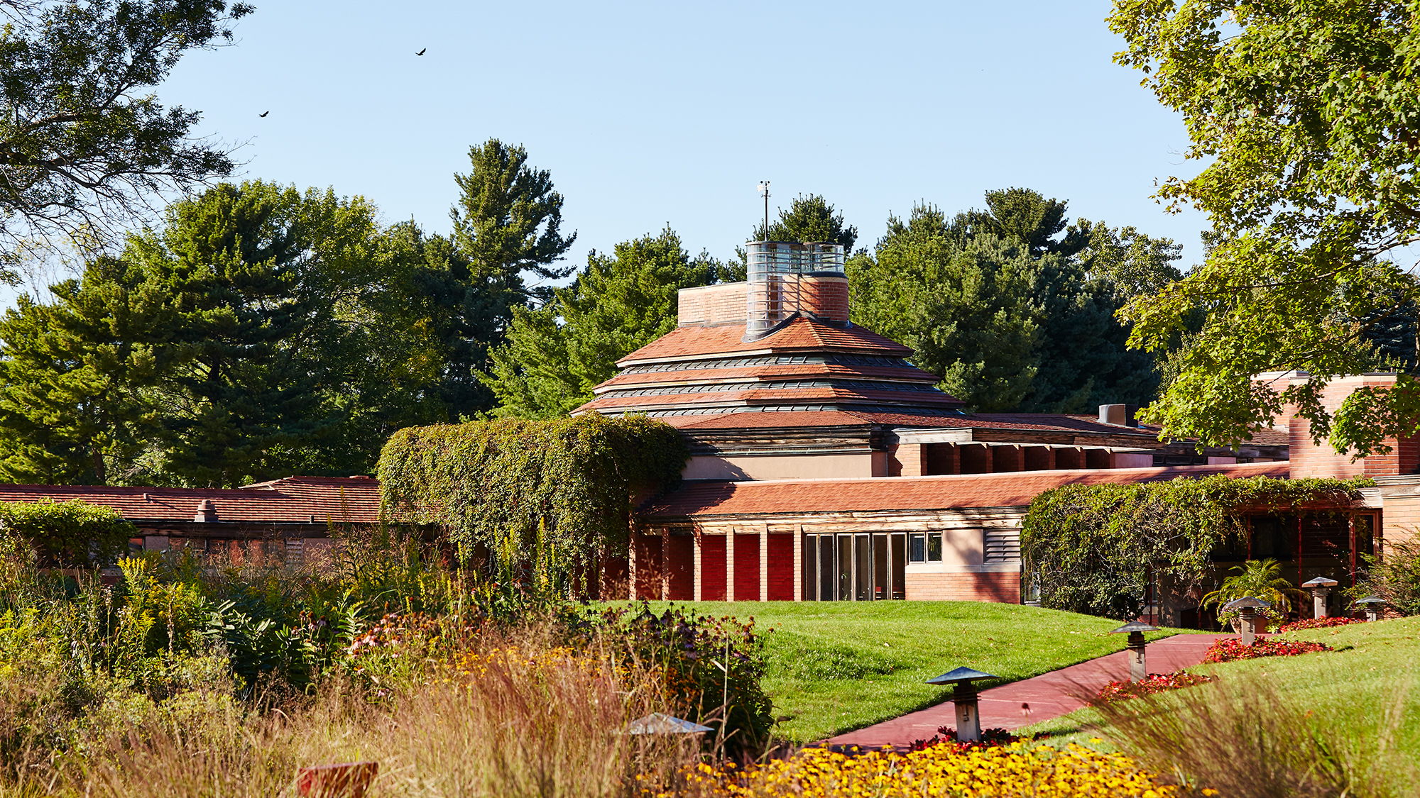 "H.F. Johnson, Jr. Frank Lloyd Wright tasarımı ""Wingspread"" evi"