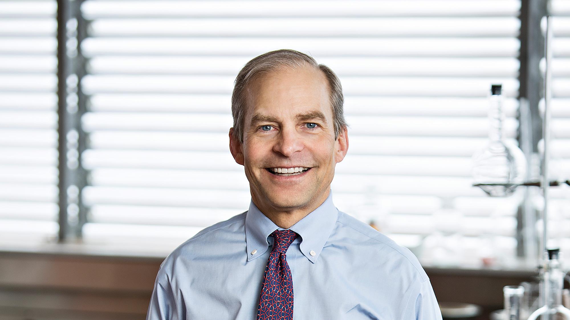 H. Fisk Johnson promuove standard aziendali più elevati e una maggiore trasparenza dei prodotti