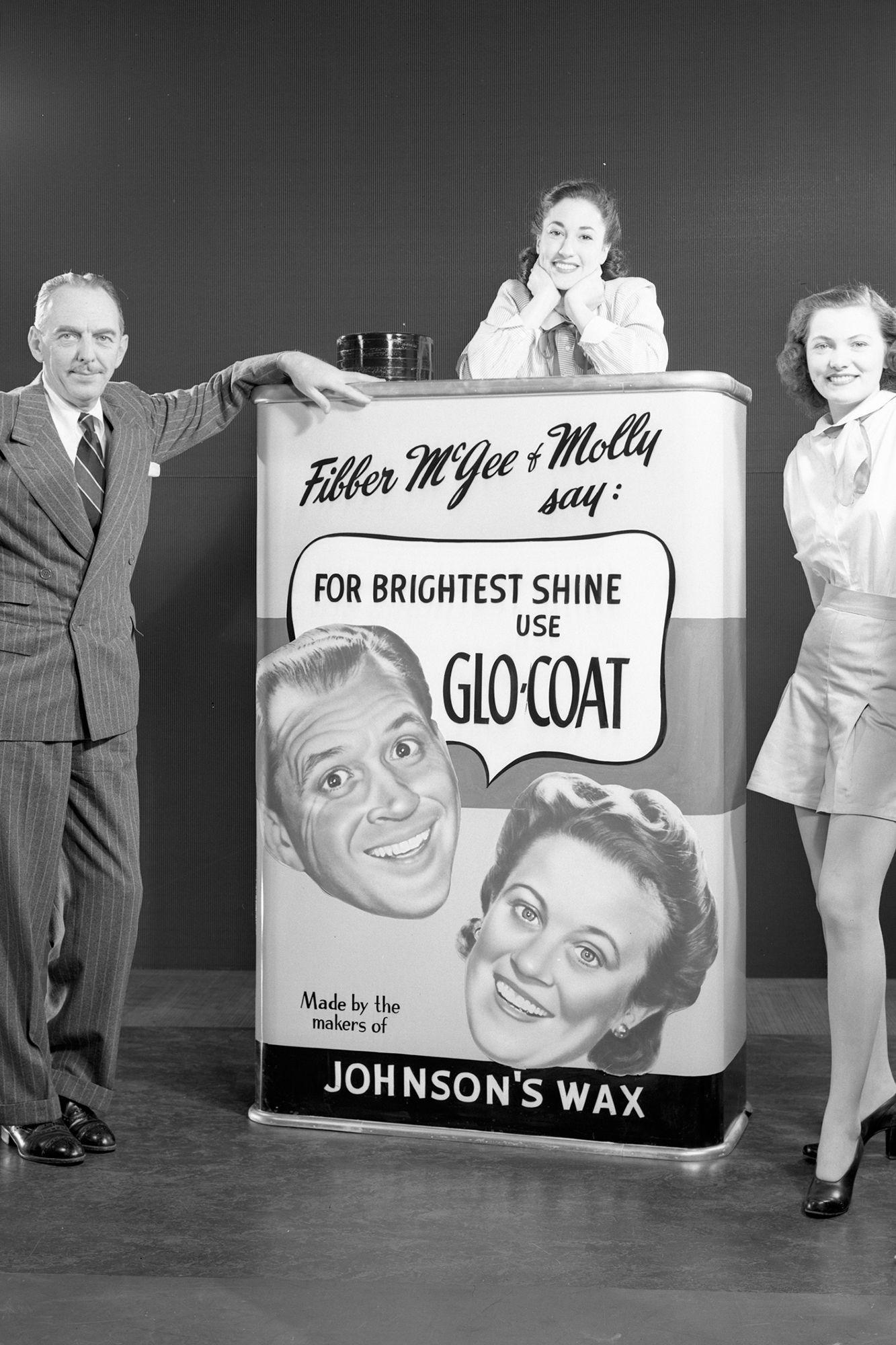Vintage Glo-Coat™ ad from Fibber McGee and Molly old time radio show.