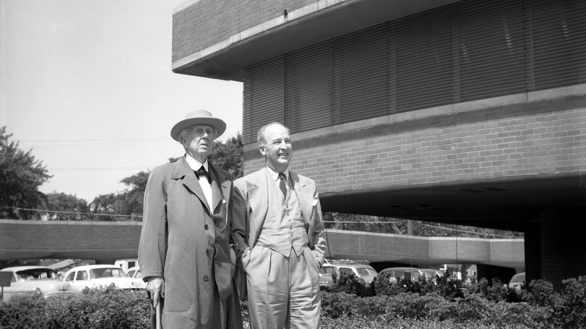 H. F. Johnson, Jr. und Frank Lloyd Wright.