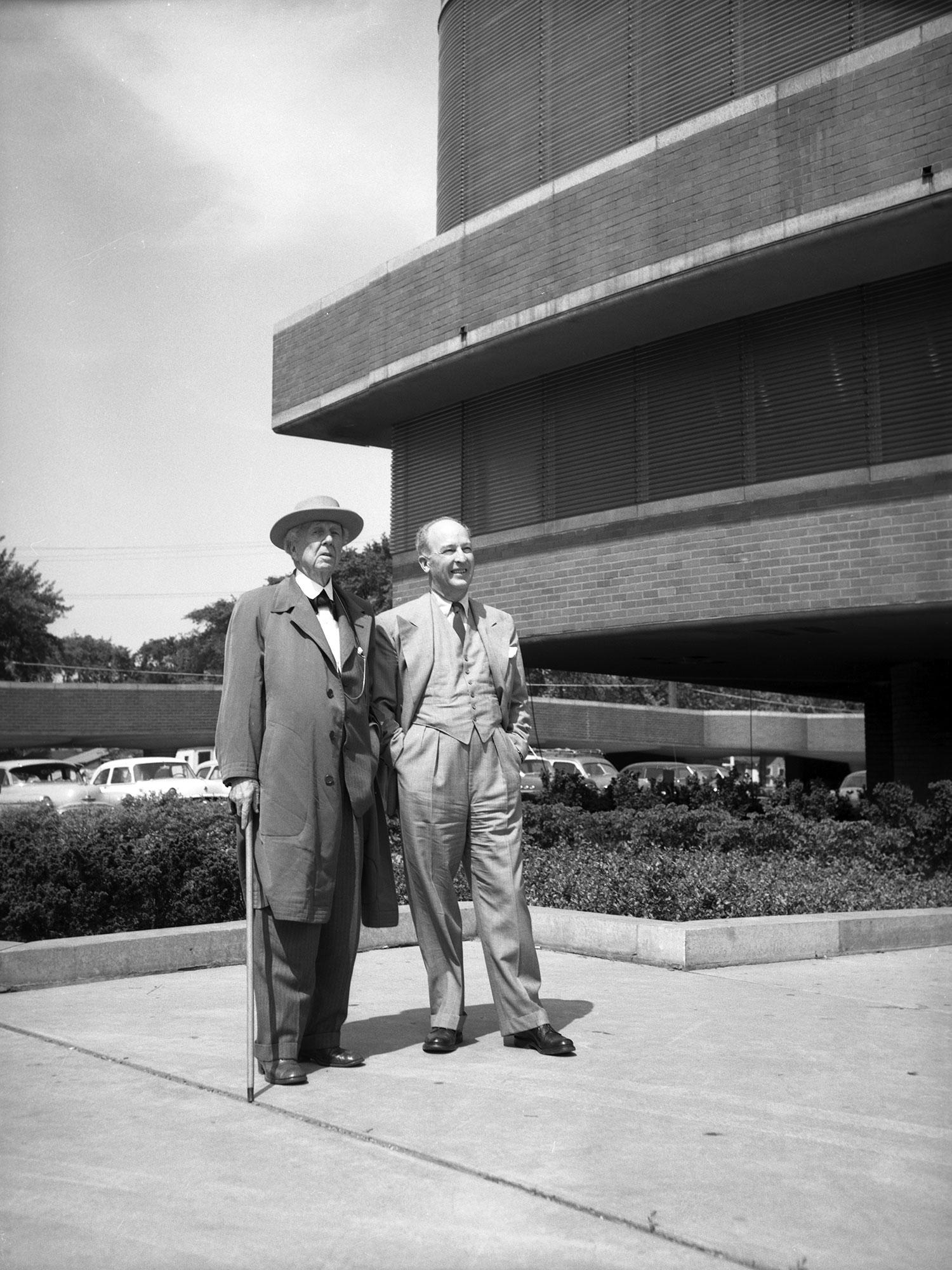H.F. Johnson jr. met Frank Lloyd Wright